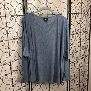 Grey, flowy, 3/4 sleeve Top